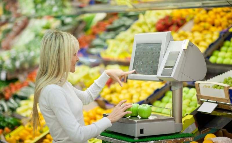Что лучше прикассовые весы или весы самообслуживания